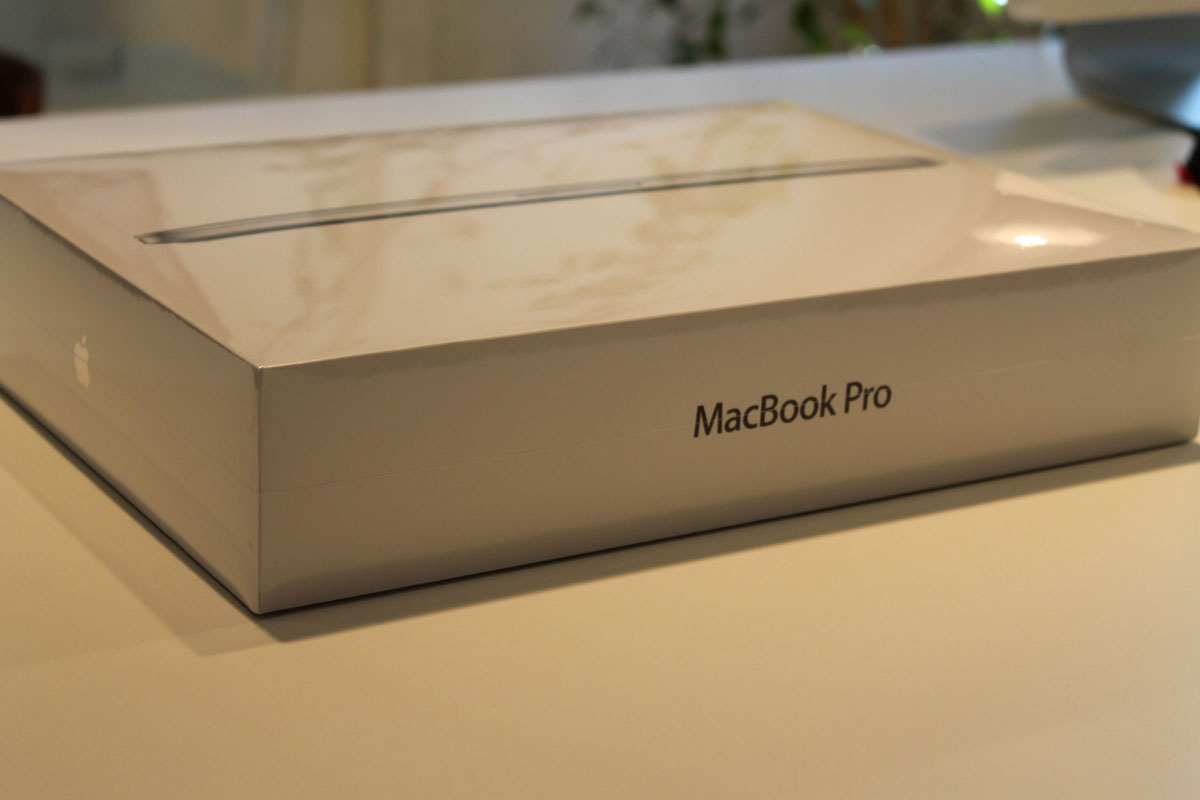 MacBook Pro Retina 13 Zoll Auspack-Zeremonie