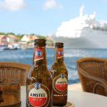 Bier und Kreuzfahrtschiff